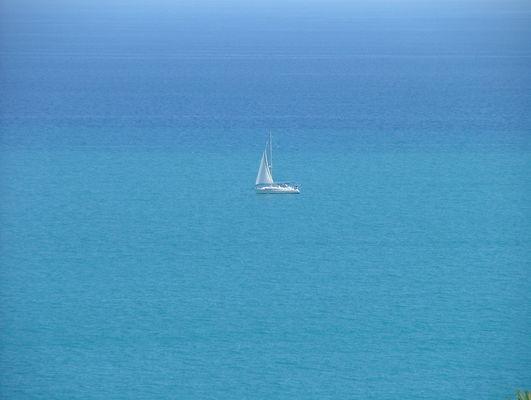 Homme libre toujours tu chériras la mer ....