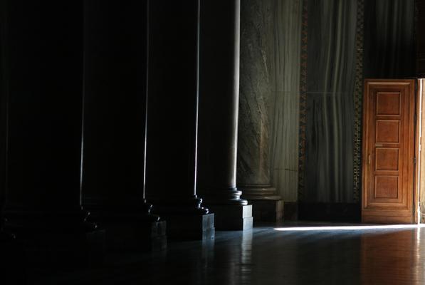 La porta aperta sul mondo e sulla luce